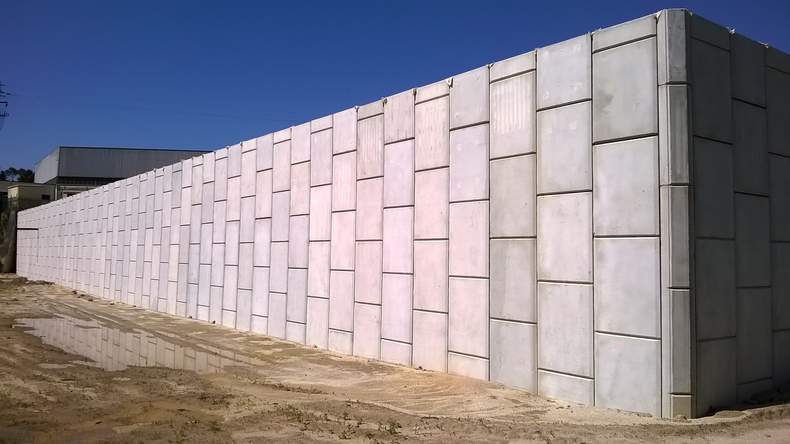 """SMART WALL"" REINFORCED EARTH RETAINING WALLS FOR DUARTESFER, LDA. IN BARCELOS – PORTUGAL"