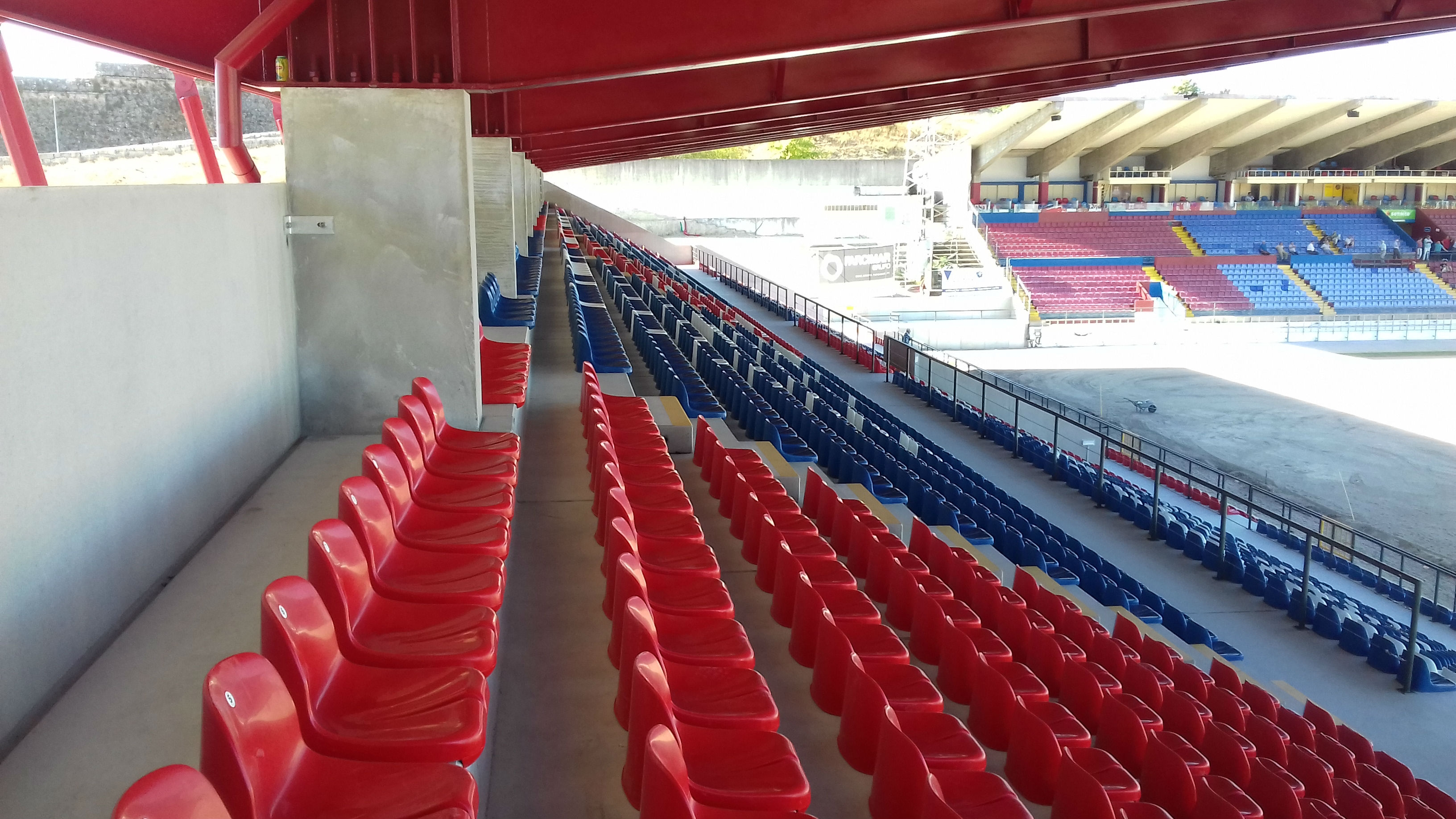SOUTH GRANDSTAND OF THE ENG.º MANUEL BRANCO TEIXEIRA STADIUM FOR THE GRUPO DESPORTIVO DE CHAVES